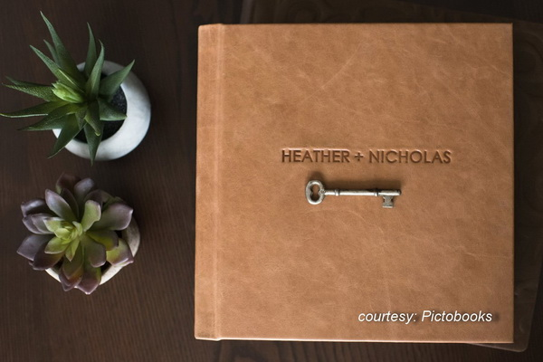 PictoBooks wedding album