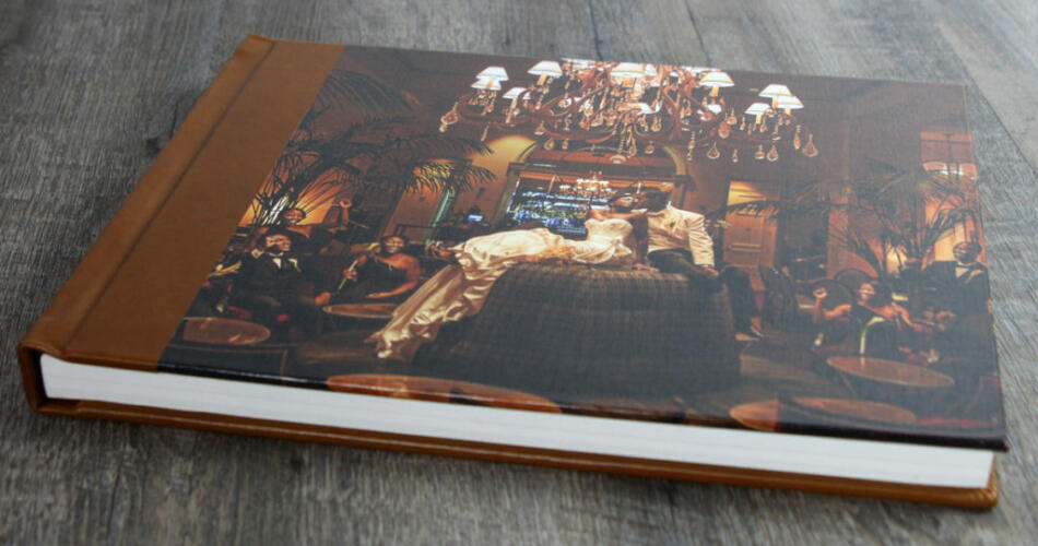 Finao wedding album with canvas cover